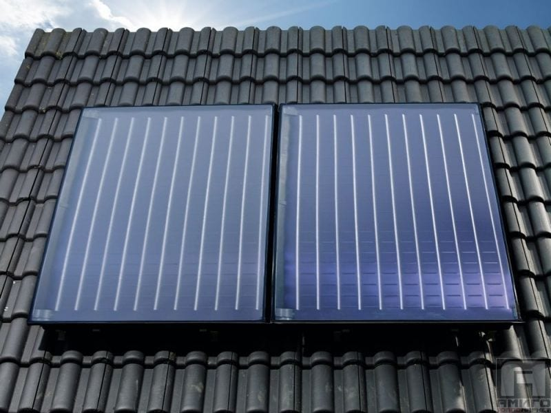 Bosch FKC-2S Solar Thermal Collector Solar 5000 TF Installed on the Roof